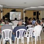 Dia 18/05: aconteceu a primeira sessão de 2015 do Cinena Itinerante com a Pastoral Familiar.